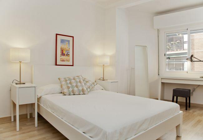 Apartament en Barcelona - Flateli Roger 2