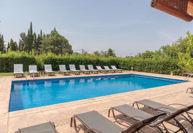Aparhotel en Bordils  - Flateli. Can Tallada Villa