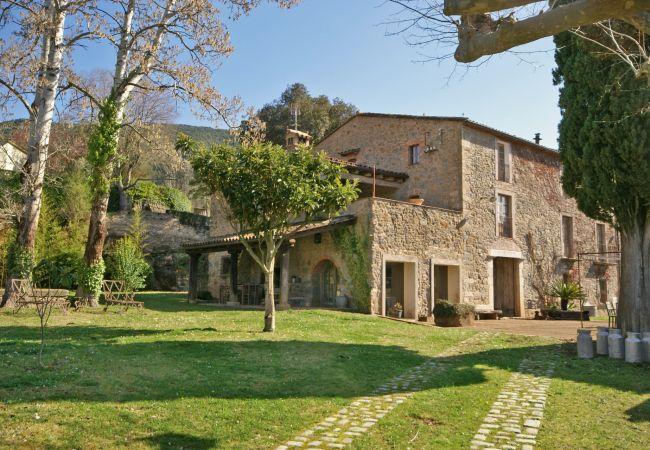 Villa in Sant Martí de Llémena - Flateli Masia Llorà