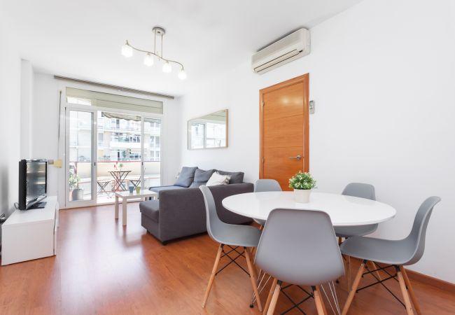 Apartment in Barcelona - Flateli Parallel