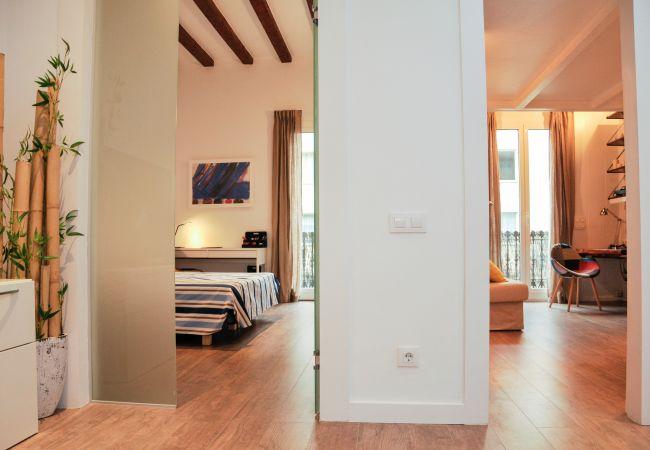 Apartment in Barcelona - Flateli Rosselló - Rambla Cat