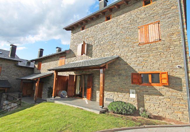 Villa a Urtx - Flateli Urtx